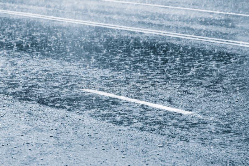 Regnigt väder royaltyfri fotografi