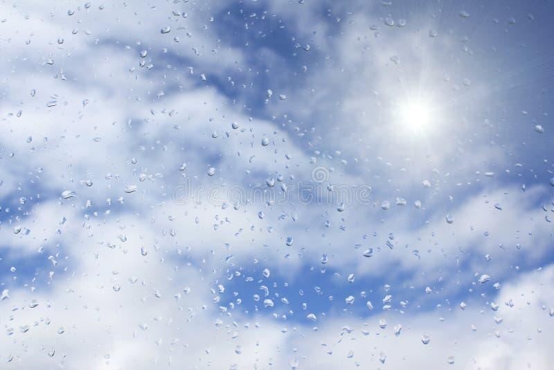 regnsun arkivfoton
