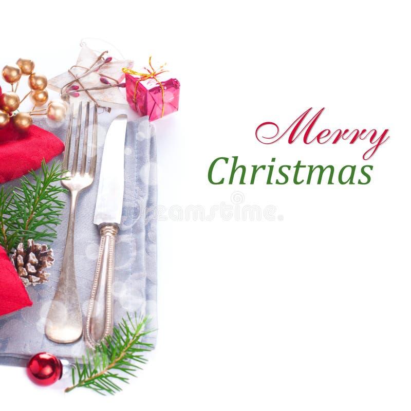 Regolazione di posto della tavola di Natale con le decorazioni fotografie stock libere da diritti