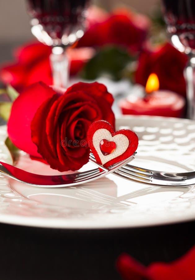 Regolazione di posto per il San Valentino fotografia stock libera da diritti