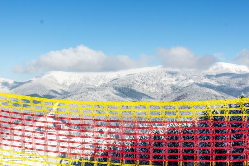 Regras para o esqui e a snowboarding em uma estância de esqui fotos de stock