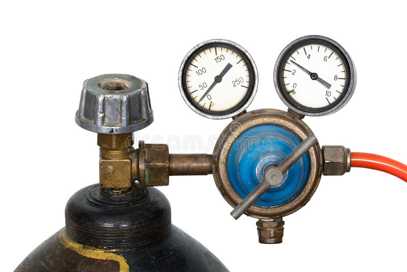 Regulador de pressão do gás com o manómetro (isolado) fotografia de stock