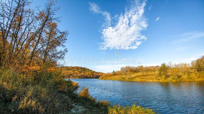 Regulador Dodge State Park - lago gêmeo valley imagens de stock