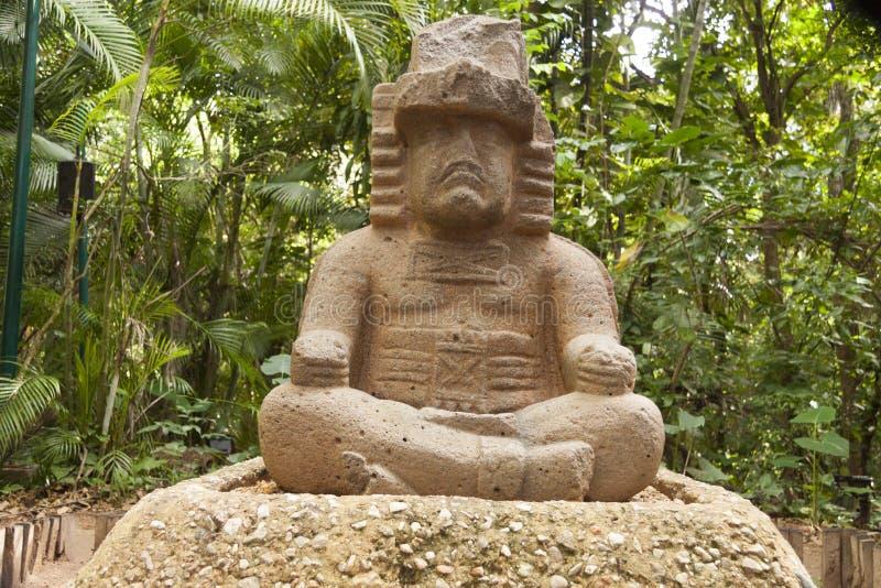 Regulatorn Olmec, La Venta parkerar Villahermosa tabasco, Mexico arkivbilder