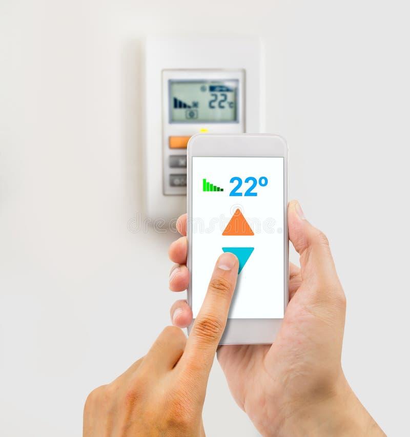 Regulować temperaturę od telefonu obraz royalty free
