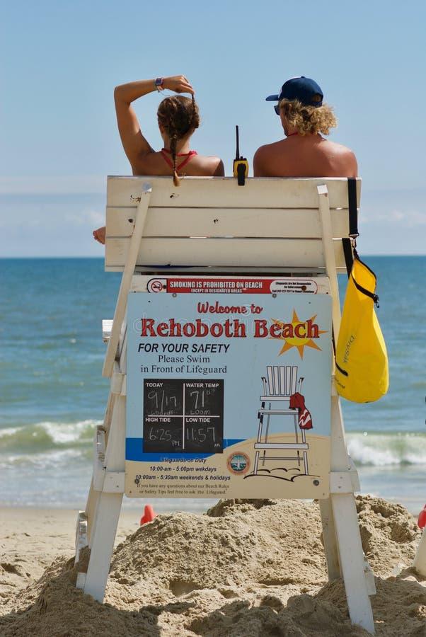 Rehobeth plaży ratownicy na zegarku zdjęcia royalty free