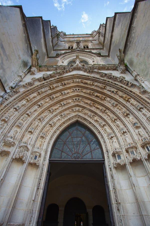 Reißen Sie gotische Archivolts hin lizenzfreie stockfotos