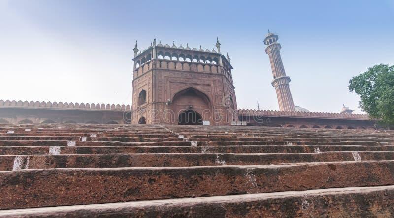 Reißen Sie Tor Jama Masjid Mosques in Neu-Delhi, Indien hin lizenzfreie stockfotos