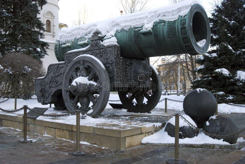 Rei Cannon do canhão do czar no Kremlin de Moscou no inverno fotos de stock royalty free