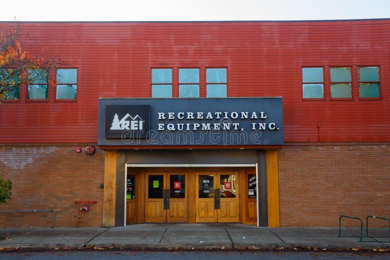 REI Storefront Eugene Oregon images stock