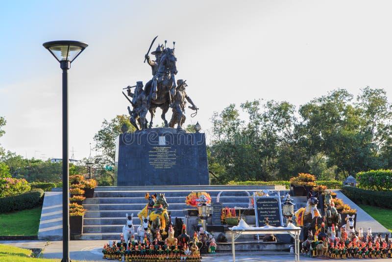 Rei Taksin Statue foto de stock royalty free