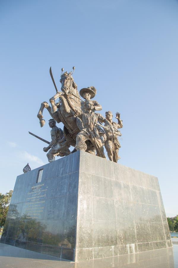 Rei Taksin Statue fotos de stock royalty free