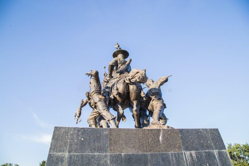 Rei Taksin Statue imagens de stock
