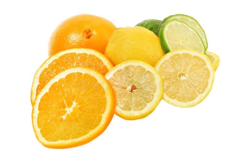 Reiche frische Zitrusfrüchte des Vitamins C lizenzfreie stockfotos