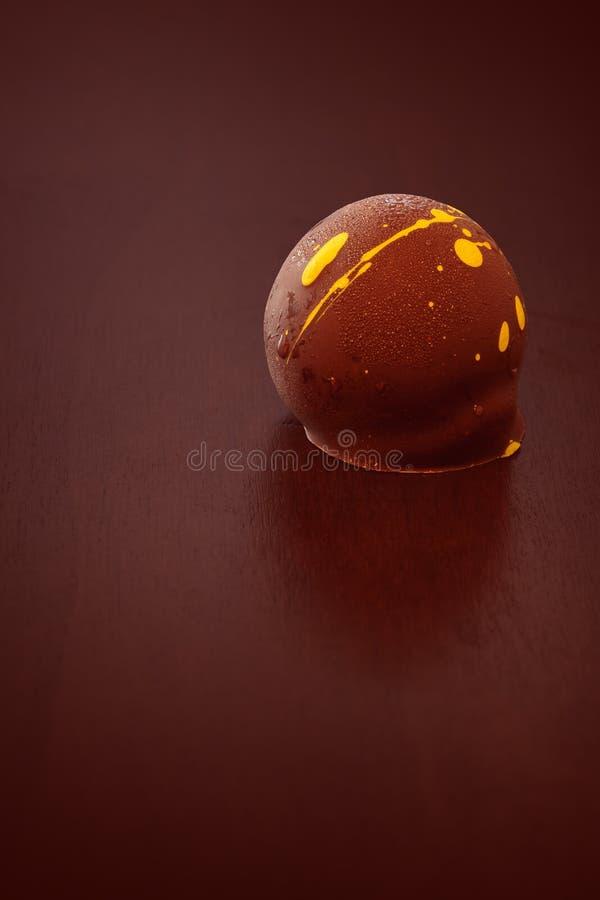Reiche sahnige feinschmeckerische Luxushandwerkerschokolade stockbild