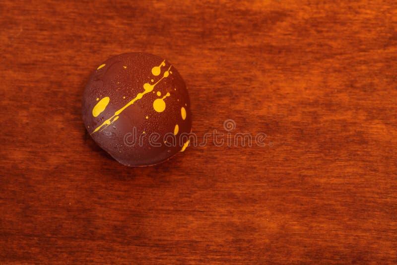 Reiche sahnige feinschmeckerische Luxushandwerkerschokolade stockbilder