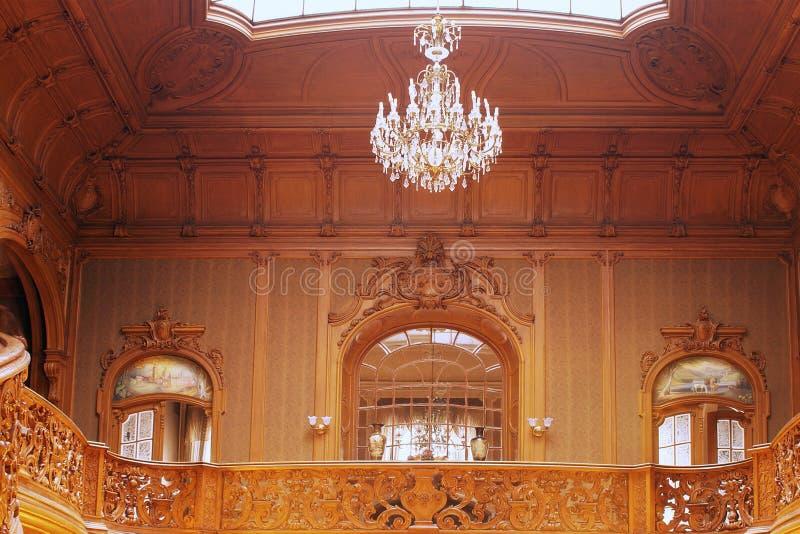Reicher Innenraum Beaitiful des Palastes stockbild