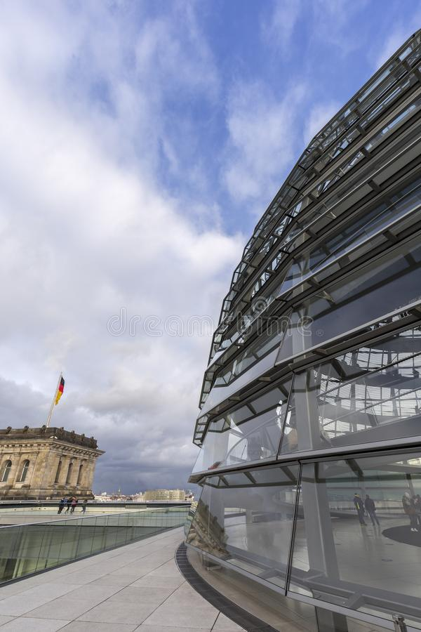 Reichstag圆顶的外部在柏林 库存图片
