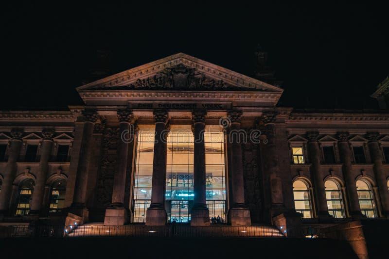 Reichstag在柏林,德国在晚上 免版税图库摄影