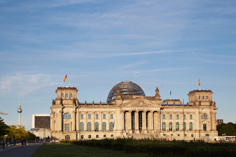 Download Reichstag editorial photo. Image of places, heaven, meadow - 26029381