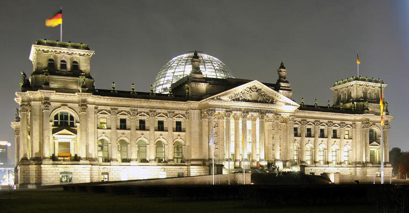 reichstag berlin стоковые фотографии rf