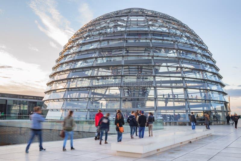 Reichstag de visite photo stock