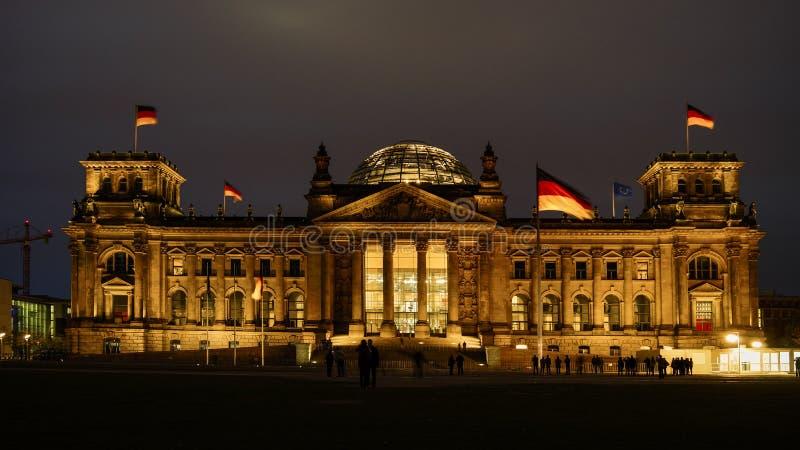 Reichstag dragning i Berlin, Tyskland royaltyfri bild