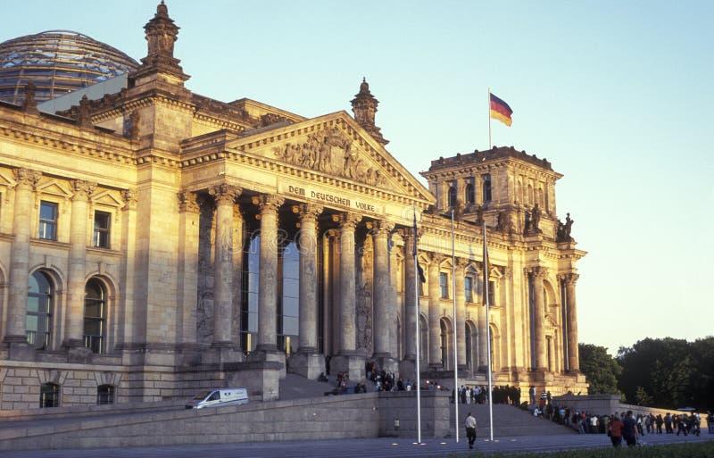 Reichstag em Berlim fotos de stock