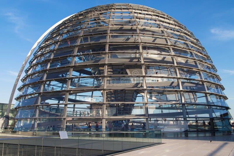 Reichstag Haube lizenzfreie stockfotografie