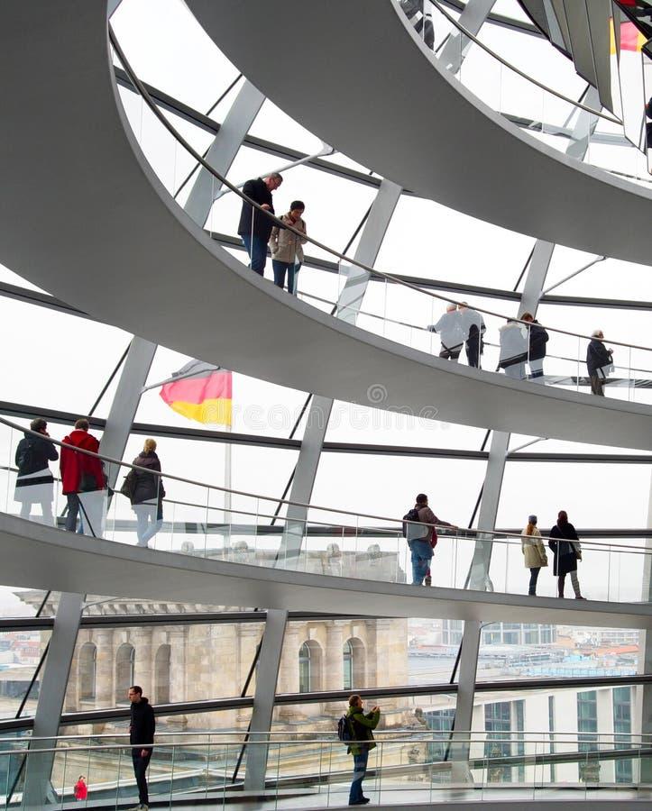 Download Reichstag kopuły wnętrze zdjęcie editorial. Obraz złożonej z berlin - 53782916