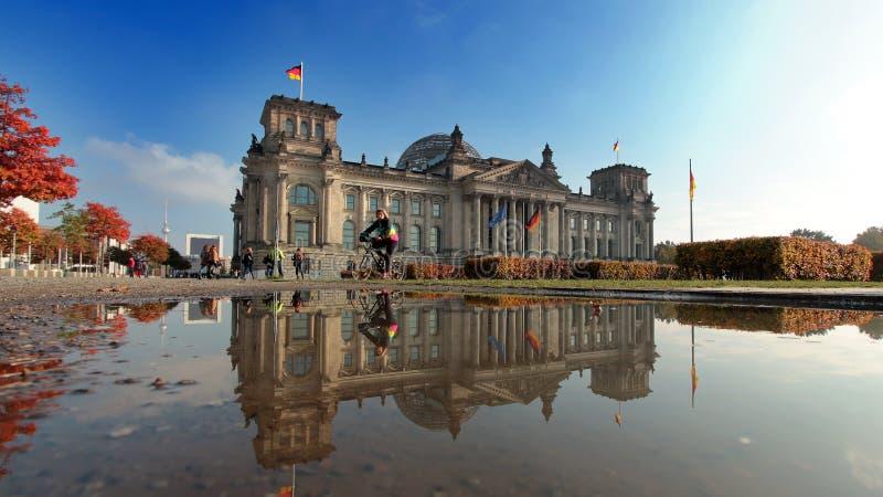 Reichstag von Berlin lizenzfreie stockfotos