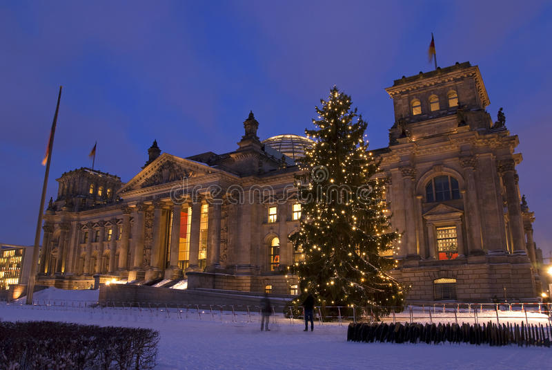 reichstag weihnachten berlin stockbild bild von leuchten. Black Bedroom Furniture Sets. Home Design Ideas