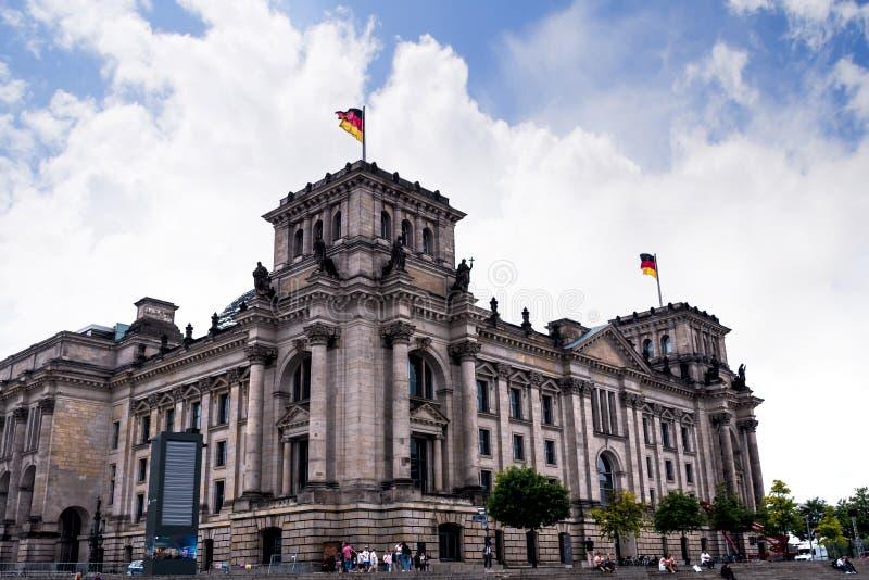Reichstag widoki od wieczór Rzecznego rejsu wokoło miasta od Muzealnej wyspy zdjęcia royalty free