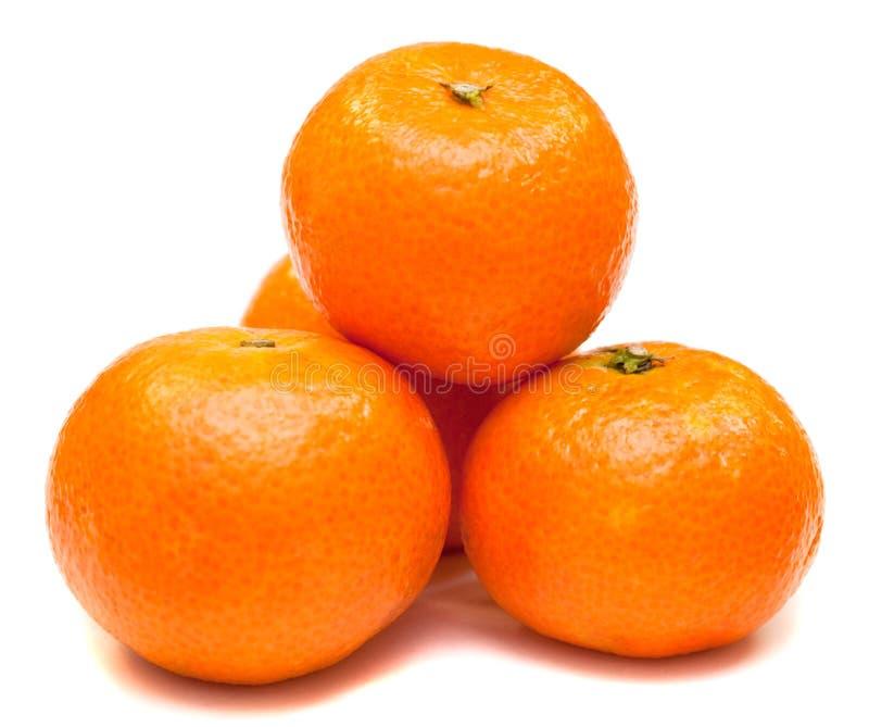 Reif durch Mandarine lizenzfreie stockbilder