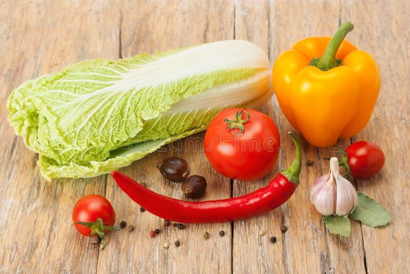 Reif, saftig, Gemüse und Gewürze stockfotos