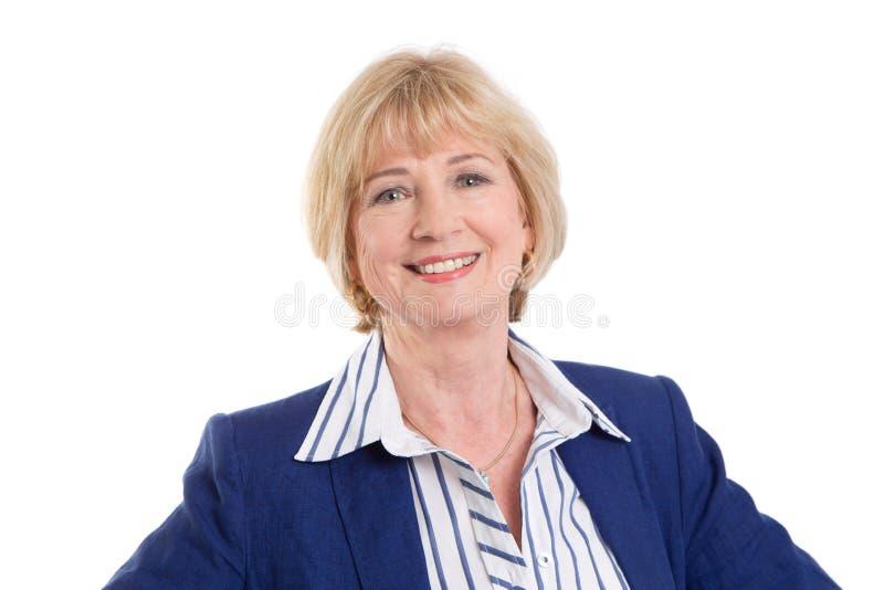 Reife Geschäftsfrau lokalisiert auf weißem Hintergrund lizenzfreie stockfotografie