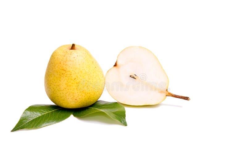 Reife, geschmackvolle Birnen auf einem Weiß. lizenzfreies stockbild