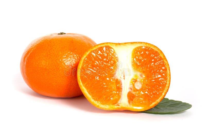 Reife Mandarine und halb stockfotografie