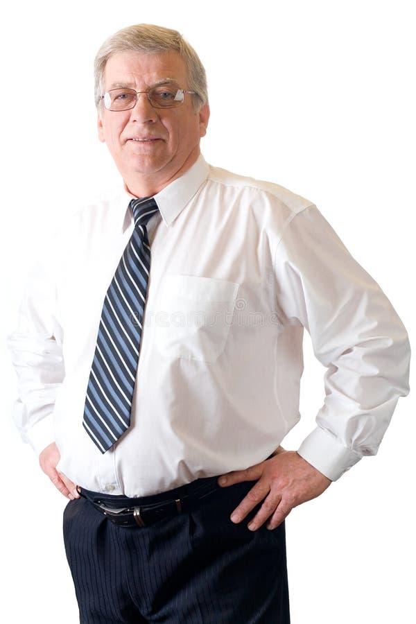 Reifen Sie den lächelnden Lehrer oder Geschäftsmann, die auf Weiß getrennt werden lizenzfreies stockfoto