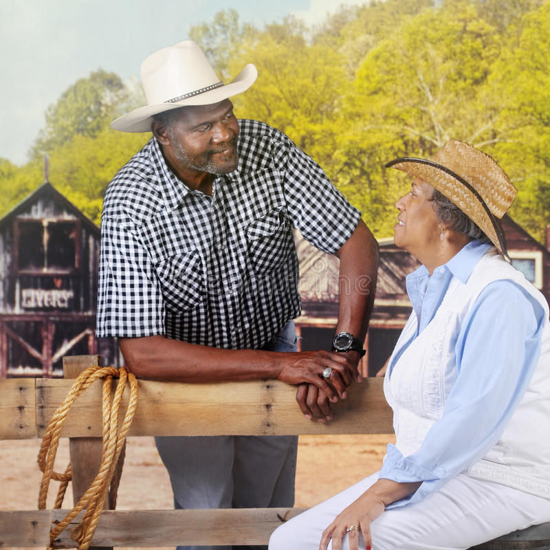 Reifer Cowboy Flirting lizenzfreie stockbilder