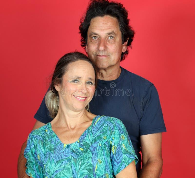 Reifes verheiratetes Paar in der Liebe lizenzfreie stockfotos