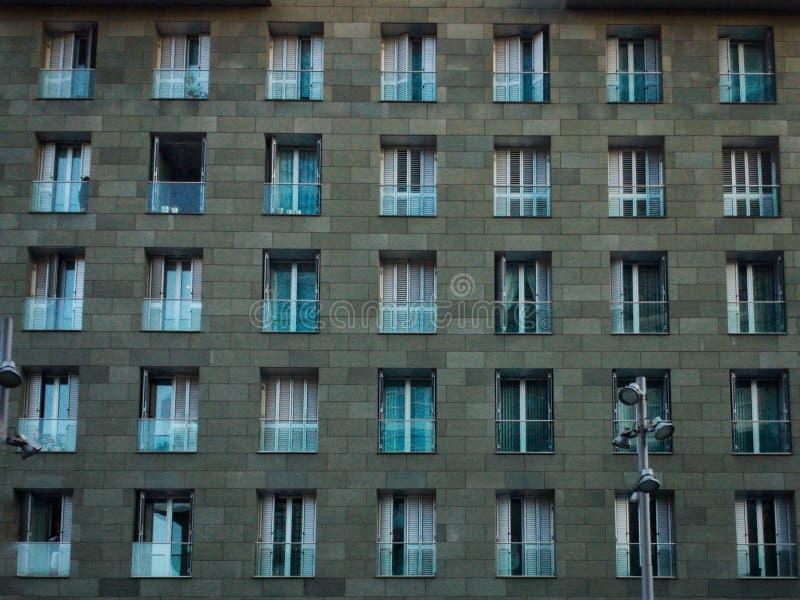 Reihe Fenster stockbilder