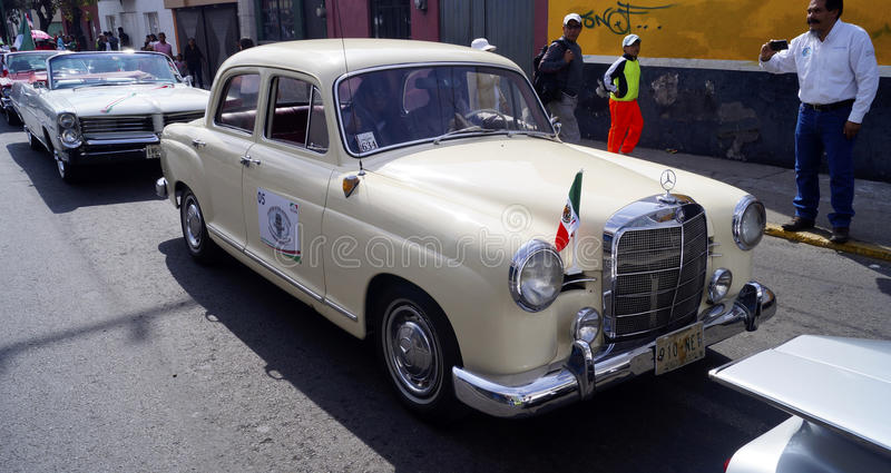 Reihe 1962 MERCEDES-BENZ 190 190d stockfoto