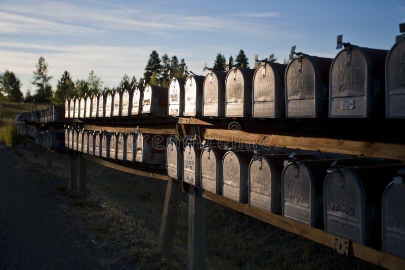 Reihen der Mailboxes lizenzfreies stockbild