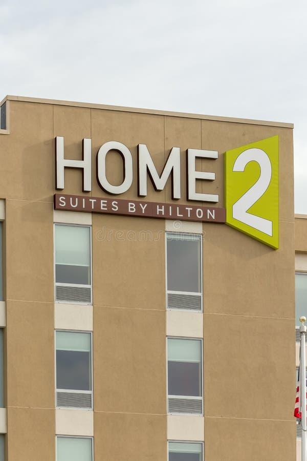 Reihen Home2 durch Hilton Exterior und Logo stockfoto