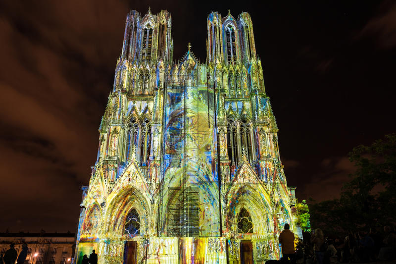 REIMS, FRANCE/EUROPE - SEPTEMBER 12 : Light Show at Reims Cathedral in Reims France on September 12, 2015. Unidentified persons royalty free stock images