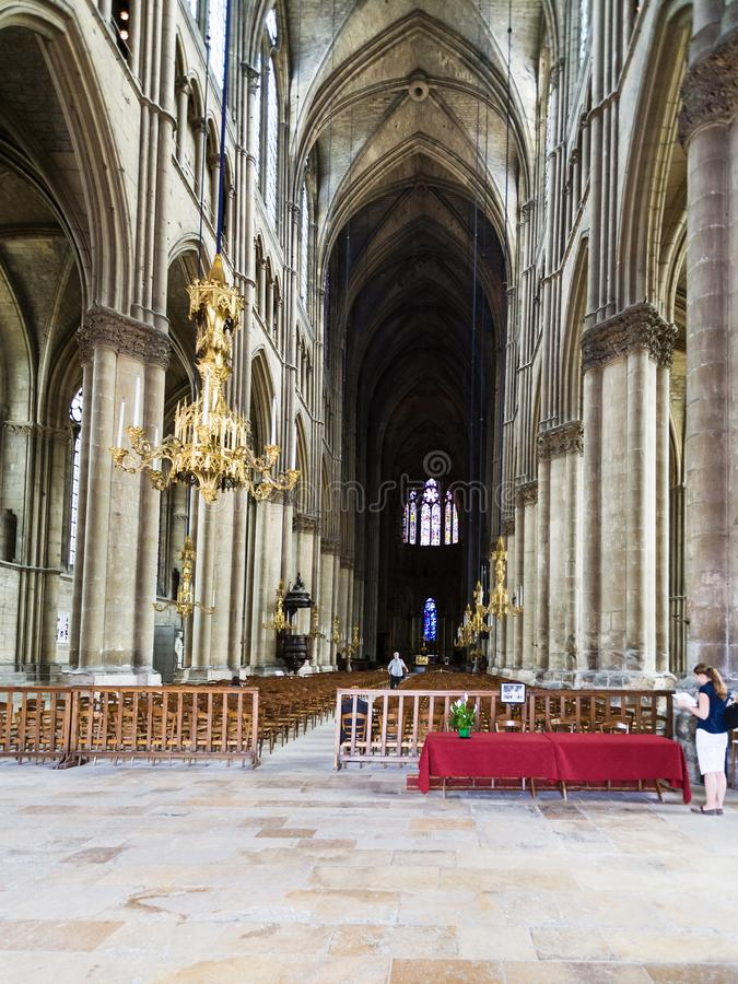 People Indoor Of Reims Cathedral Editorial Stock Image - Image of ...