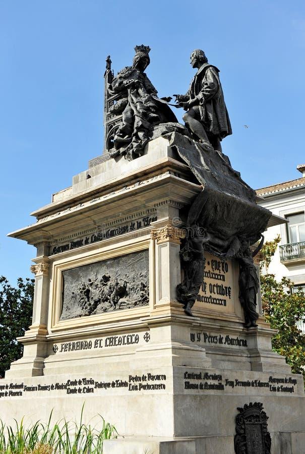 Reina Isabel el católico y Christopher Columbus, cuadrado en Granada, Andalucía, España foto de archivo