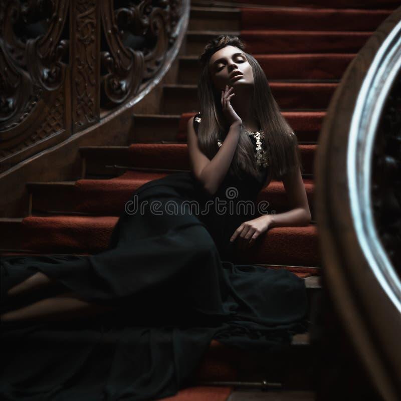 Reina. Mujeres de la moda foto de archivo libre de regalías