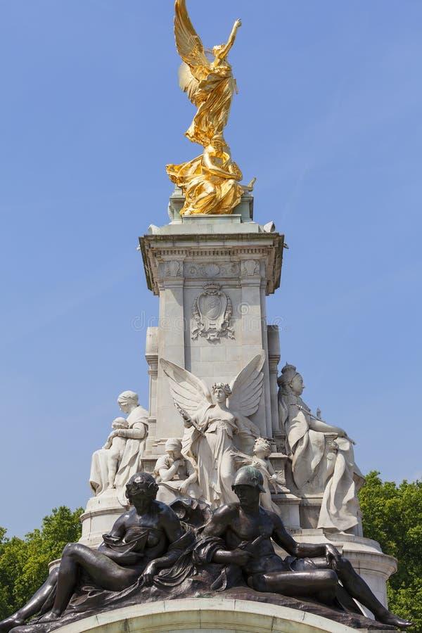 Reina Victoria Memorial delante del Buckingham Palace, Londres, Reino Unido foto de archivo libre de regalías